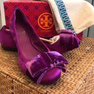 a97f62f21d7 Tory Burch Shoes - Tory Burch Viola Bow ballet flats